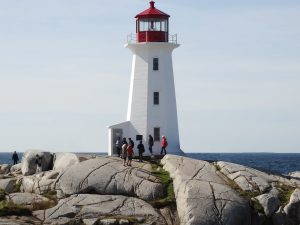 peggys-cove-lighthouse-cleaned-up