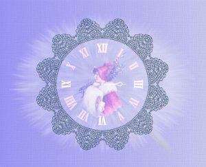 victorian-lace-clock