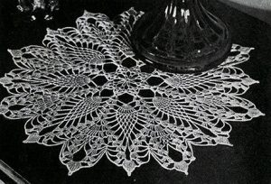 pineapple-pattern-doily